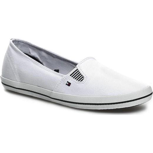 b85675e6d16d4 Tenisówki TOMMY HILFIGER - Victoria 12D FW56816882 White 100 - Biały (White)  100 eobuwie