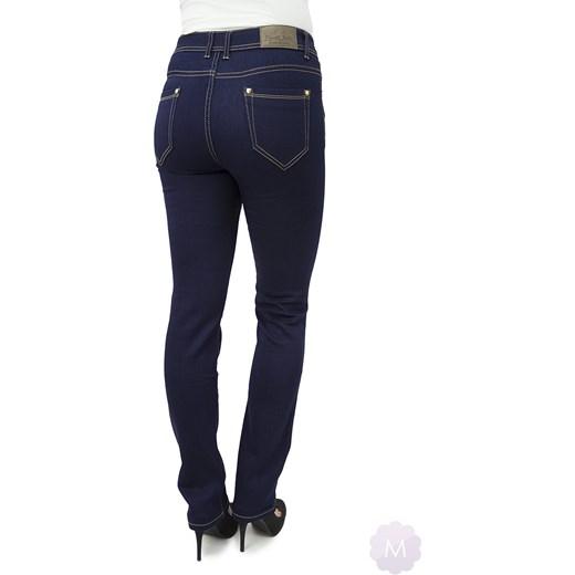 b82eee7ebd7306 ... Spodnie jeansy damskie prosta nogawka z wyższym stanem granatowe  mercerie-pl czarny minimalistyczne ...