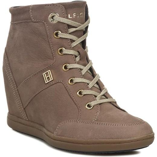 38985a722eec6 Sneakersy TOMMY HILFIGER - Stella 5N FW56817811 Pepper 029 eobuwie-pl  brazowy