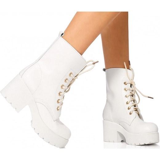 bed17b8a92942 Szalenie modne białe botki na platformie stukstuk-pl brazowy w Domodi