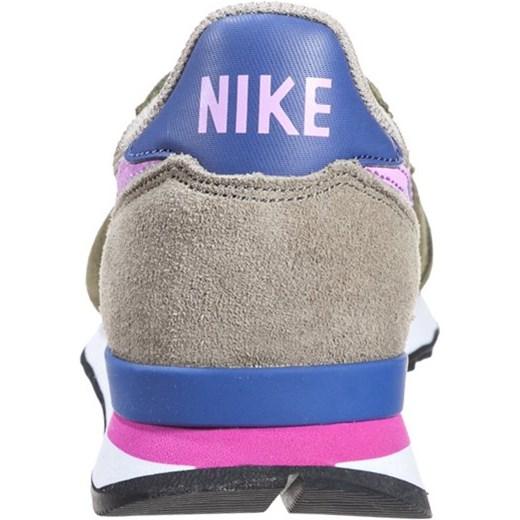 check out 5a0bb 4e2e0 Nike Sportswear INTERNATIONALIST Tenisówki i Trampki faded olive fuchsia  glow bamboo ...