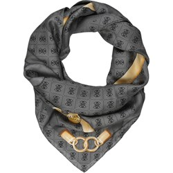f168ea21931f4 Jak nosić chustkę  5 sposobów! - Trendy w modzie w Domodi