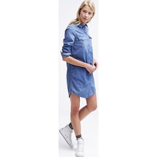 389e9d9fab2a8 Levis Iconic Sukienka Jeansowa Blue Zalando Niebieski Bawełna W Domodi