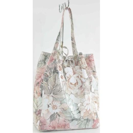 686dfb8dab8a4 Skórzana torebka worek ze wzorem w kwiaty cervandone-pl szary elegancki ...
