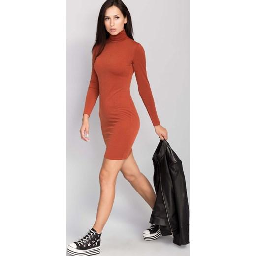 557951dd85 ... Elegancka sukienka z kołnierzem rudy the-cover pomaranczowy Sukienki  sportowe ...