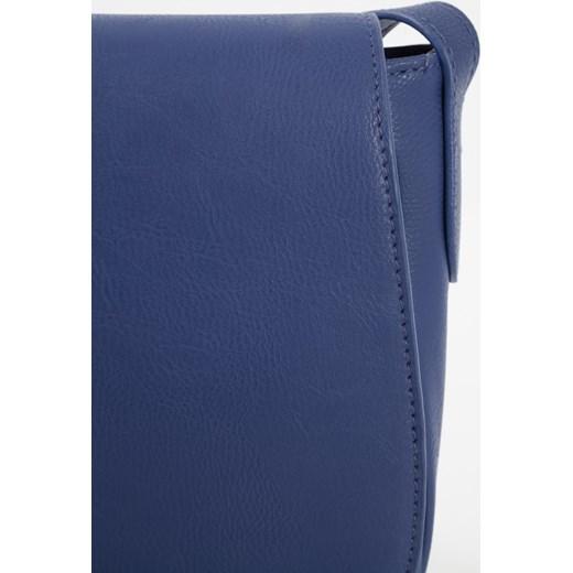 826875b5b714d ... Torebka listonoszka z pólokragłym dołem greenpoint niebieski casual ...