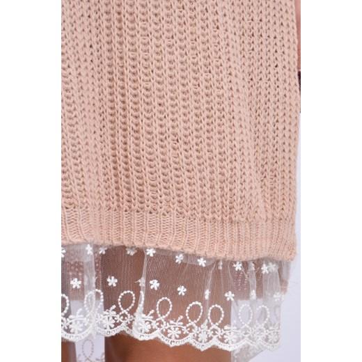 753d7f3b31 ... Sukienka swetrowa z białą koronką pudrowy róż cocomoda-pl bezowy mały