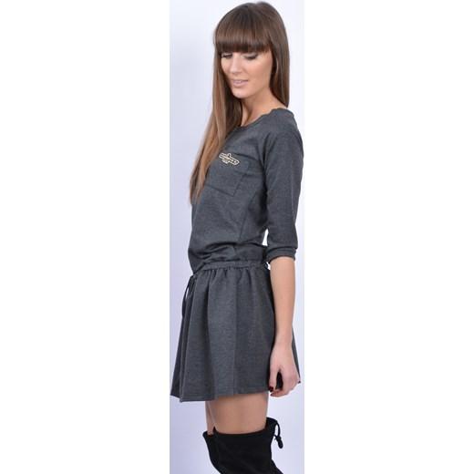 f791f61a8e ... Sukienka dresowa z falbaną i kieszonką grafit cocomoda-pl szary  dresówka ...