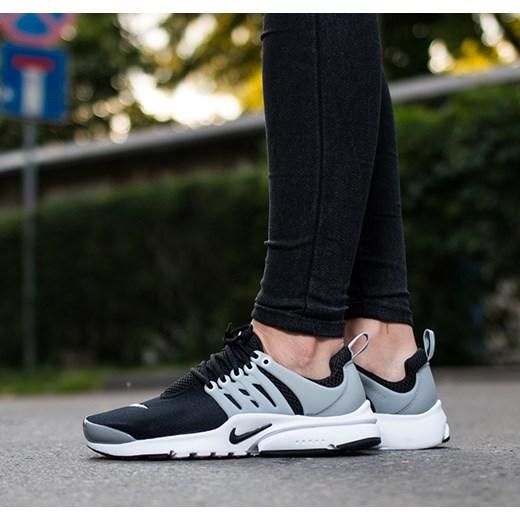 08627c4b Buty damskie sneakersy Nike Presto (GS) 833875 001 sneakerstudio.pl w Domodi