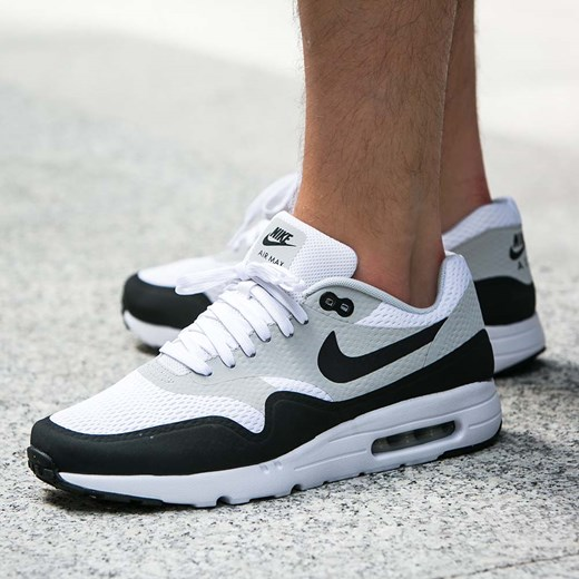 buy popular ffead b52df Buty Nike Air Max 1 Ultra Essential (819476-100) Nike 7.5 Worldbox ...