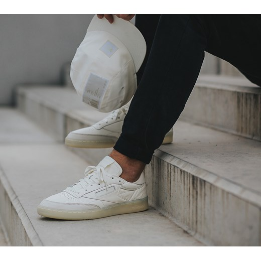 9a70c135ed9 ... Buty męskie sneakersy Reebok Club C 85