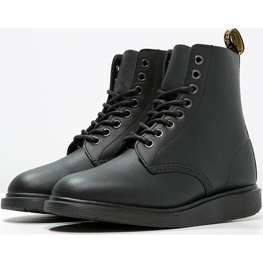 dr. martens whiton