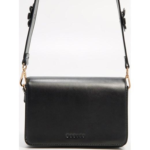 bdbdbf2116fcf Mohito - Mała czarna torebka - Czarny czarny Mohito One Size ...