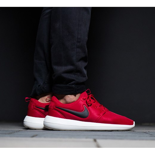 f33e6e3d Buty męskie sneakersy Nike Roshe Two 844656 600 sneakerstudio.pl w Domodi