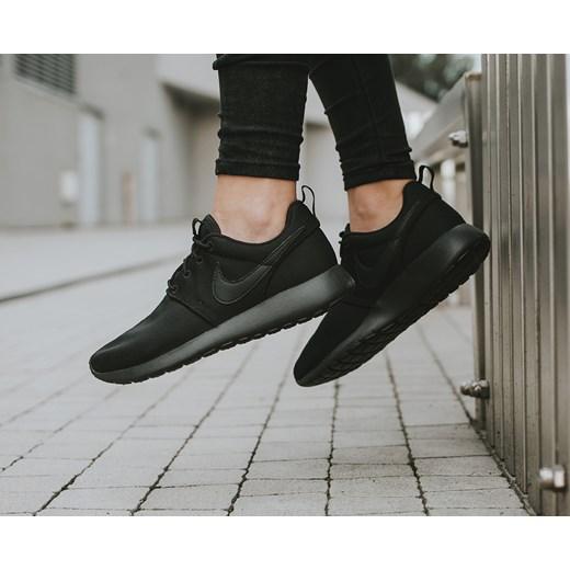 promo code ca220 1a427 Buty damskie sneakersy Nike Roshe One (GS) 599728 031 czarny Nike 39  sneakerstudio.