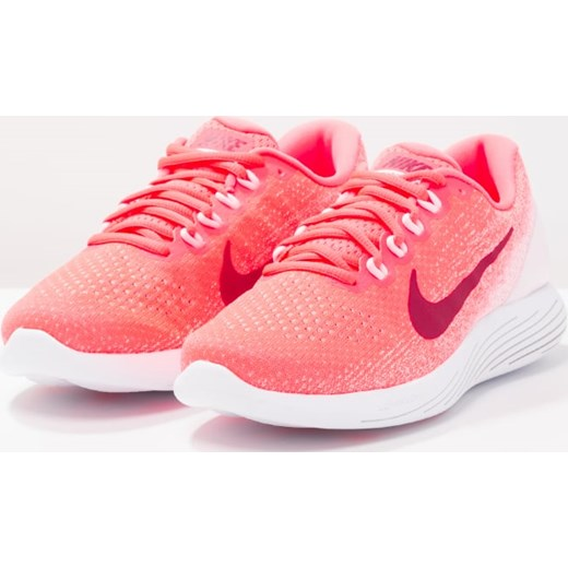 2f0dc1630e66 ... Nike Performance LUNARGLIDE 9 Obuwie do biegania Stabilność hot  punch noble red arctic pink ...
