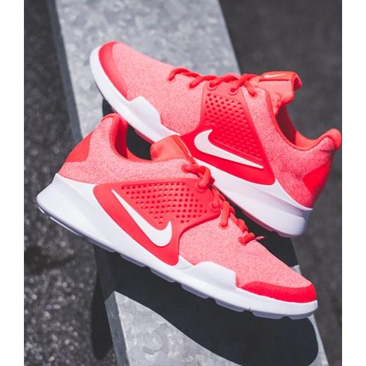 Buty Nike Arrowz GS Bright Crimson rozowy 7Store.pl w Domodi