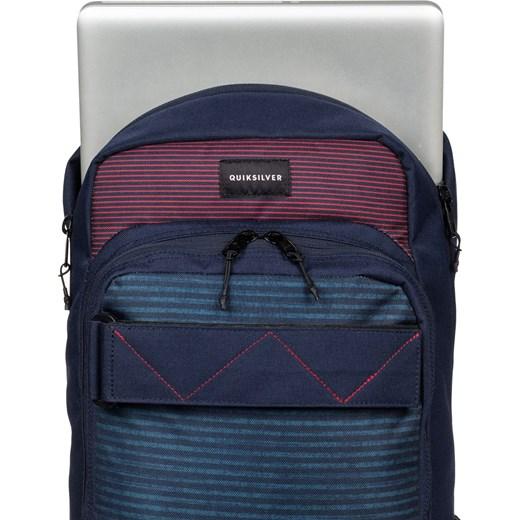 f09ec75640acd ... Plecak Quiksilver Skate Pack quik red stripes Quiksilver 20L 47×31×15  cm Snowboard ...