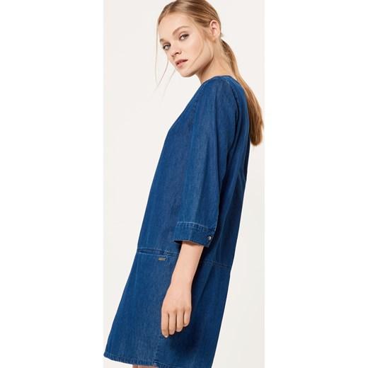 c3cd485046 ... Mohito - Denimowa sukienka z kieszeniami - Niebieski niebieski Mohito 32