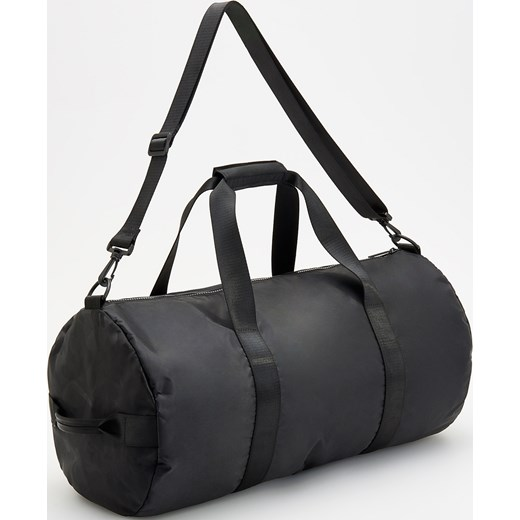 60021c3b30f40 Reserved - Duża torba na trening - Czarny Reserved One Size