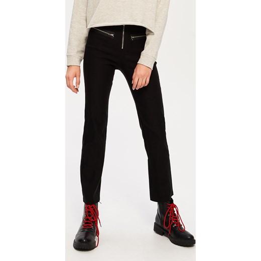 c3ce0fbb5366f0 Sinsay - Spodnie z wysokim stanem - Czarny Sinsay czarny XL ...