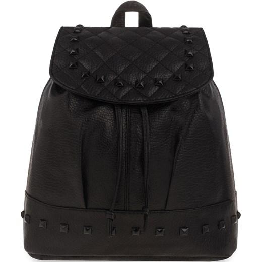 e91c5633b1ddb Plecak damski worek z klapką zdobiony ćwiekami rockowy styl – czarny czarny  world-style.