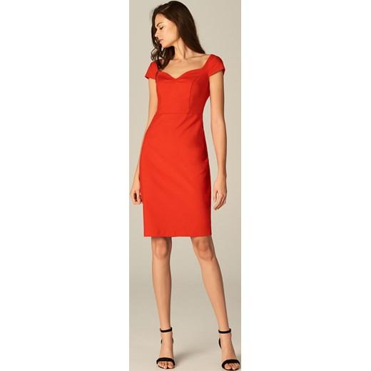 c875ab7ba7 ... Mohito - Dopasowana sukienka ze zmysłowym dekoltem - Czerwony Mohito 38