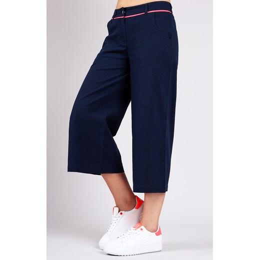46f7611e5a23c9 Granatowe spodnie damskie o szerokich nogawkach Ea7 Emporio Armani Velpa.pl  w Domodi