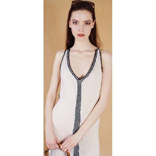 440458e7f8077 ... Biała sukienka ażurowa wiązana na plecach bezowy Guess XS Velpa.pl ...