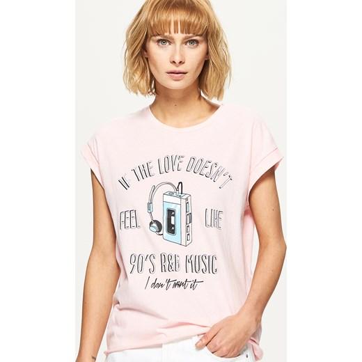 7c9c208de7 Cropp - Koszulka oversize z nadrukiem - Różowy Cropp bezowy XS ...