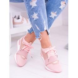 a253f9c475b83 To te sneakersy będą rządzić wiosną! - Trendy w modzie w Domodi
