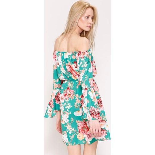 df25166d36 Zielona Sukienka Woman s Hand Renee uniwersalny Renee odzież ...