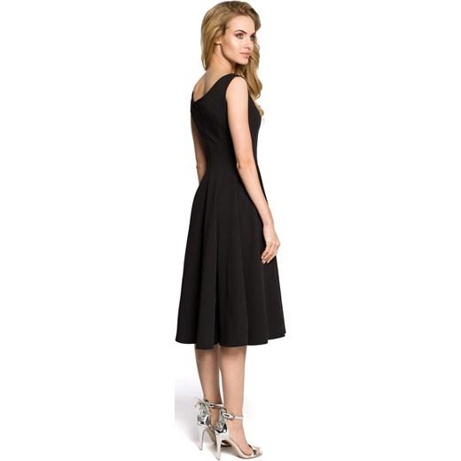 b3d6ab917e Koktajlowa sukienka z klinów - czarna Moe merg.pl w Domodi
