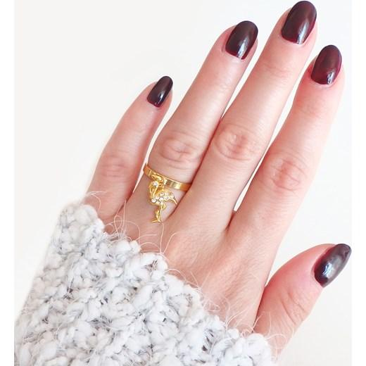 51fb7e17b72e44 Złoty pierścionek z zawieszką FLAMING Perlove Biżuteria-Perlove w Domodi