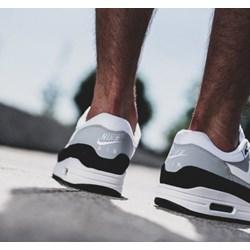 brand new 184db f3fab Buty sportowe męskie Nike - sneakerstudio.pl