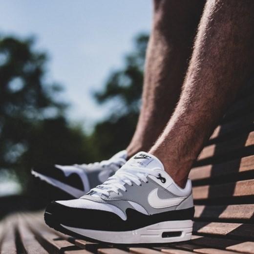 promo code 8435e 35d15 ... Buty męskie sneakersy Nike Air Max 1 AH8145 003 - Popielaty    SZARY  Nike 43 ...