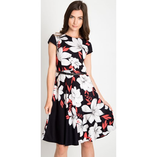 471c45616f Rozkloszowana sukienka w duże białe kwiaty Quiosque 42 promocja quiosque.pl  ...