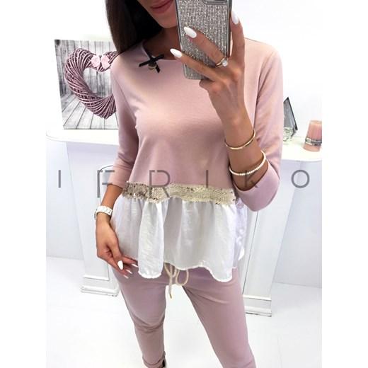 4715e7199ab39b New style Włoski komplet bluzka + spodnie zdobione cekinami pudrowy  Ifriko.pl w Domodi