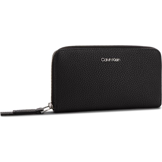 416575bdcf721 Portfel damski Calvin Klein czarny elegancki w Domodi