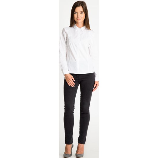 624d4e66 Koszula damska Quiosque bez wzorów biała