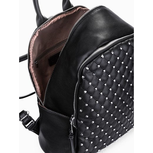 07433b328f0e6 Czarny plecak z ćwiekami BLR181 Larica. Zobacz: Larica