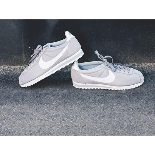 dobry Buty męskie sneakersy Nike Classic Cortez Nylon 807472
