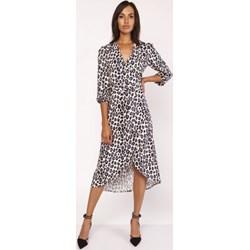d98da4fc40 Sukienka Lanti brązowa wyszczuplająca dzienna z dekoltem v z długim rękawem  midi casual