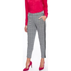 f9a8494e Spodnie damskie Top Secret w kratkę