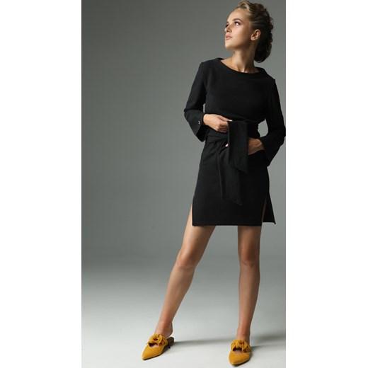 22a00cfedf Sukienka Madnezz z okrągłym dekoltem bez wzorów biznesowa w Domodi