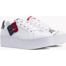 1e368d81068df Sneakersy damskie Tommy Hilfiger na platformie wiązane