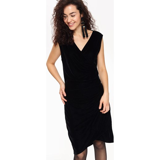 013fa28d587f75 Sukienka Top Secret z dekoltem v w Domodi