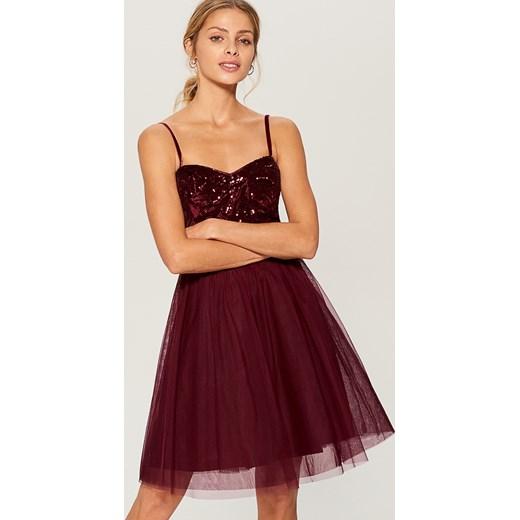 a584f17e8f Mohito - Rozkloszowana sukienka z cekinowym topem - Bordowy Mohito 40 ...