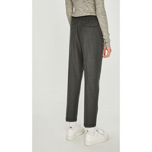 f74fe9d7e29ce ... Spodnie damskie Calvin Klein wełniane ...