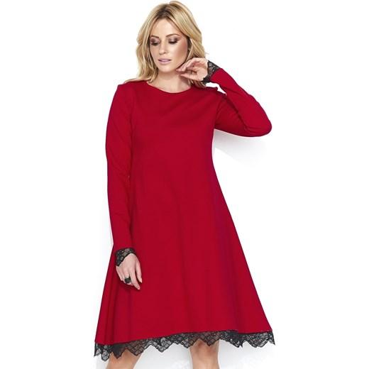 00c641e90e Czerwona sukienka Nunu midi oversize z długimi rękawami w Domodi